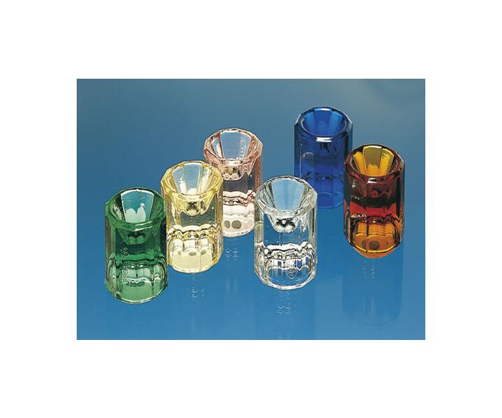 Dappengläser aus Buntglas
